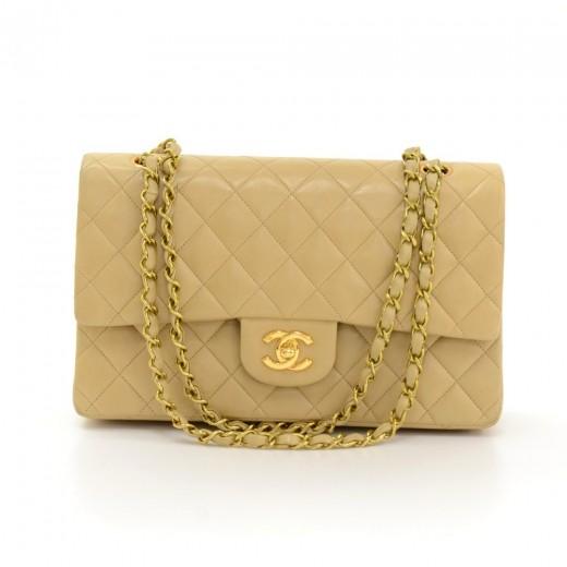 74aca78dfa360a Vintage Chanel 2.55 10