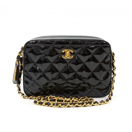8810b00fbbd030 Chanel Chanel Black Quilted Patent Leather Shoulder Pochette Bag
