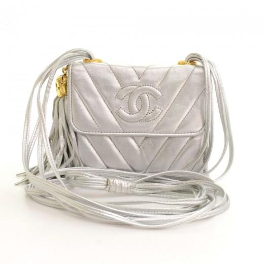 455e4b122fba Vintage Chanel Flap Silver Metallic Quilted Leather Fringe Mini Shoulder Bag