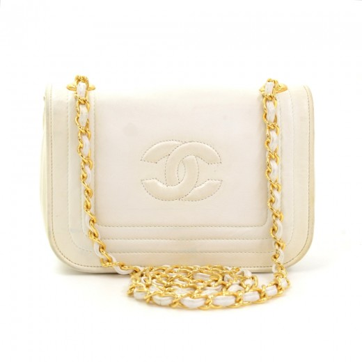e313f359f9ab Chanel Vintage Chanel White Leather Mini Shoulder Flap Bag