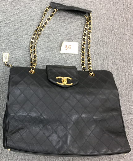 24d33674ea9083 Chanel 35 Chanel Supermodel Black Leather XL Shoulder Tote Bag