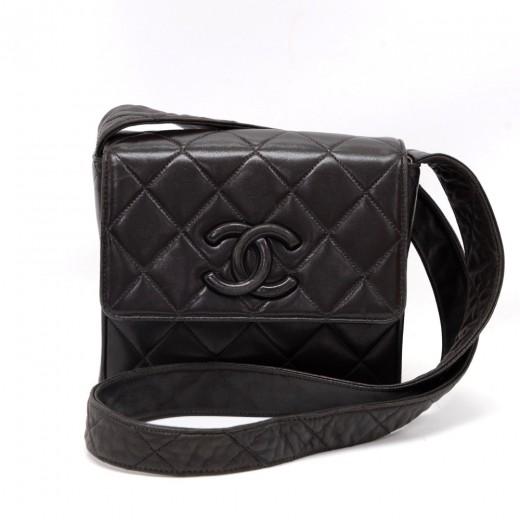 21c2c1edaf7a Chanel Vintage Chanel Black Quilted Leather Shoulder Pochette Bag