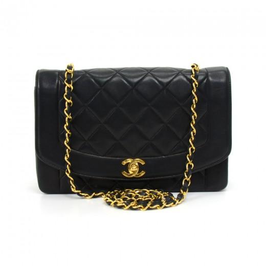 f70a67495f86 Vintage Chanel 10