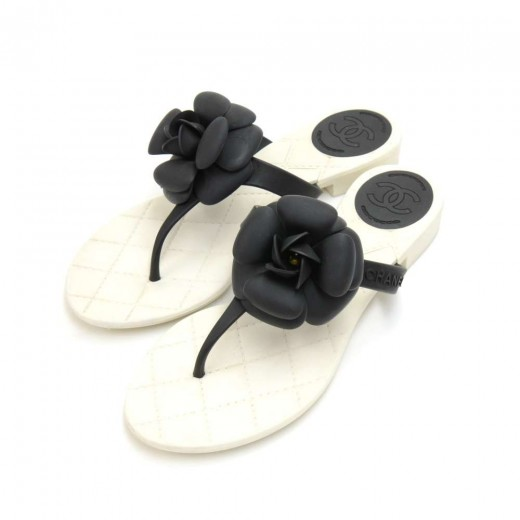 b656a4dbe06fe Chanel Jelly Sandals Flip Flops With Flower - Flowers Healthy