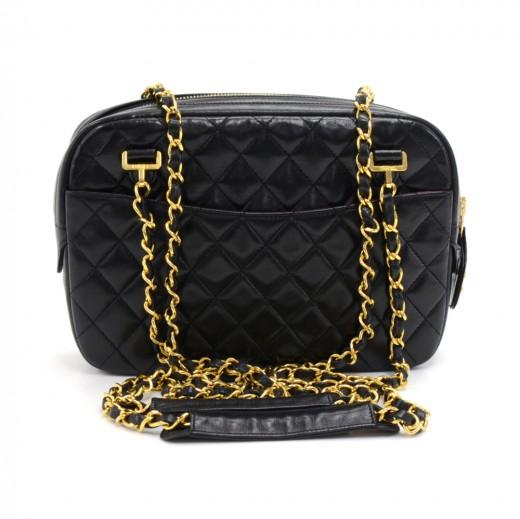 52ec32df669c Vintage Chanel 9