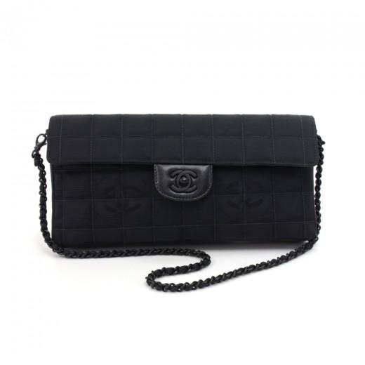 ef027edb90c6 Chanel Chanel New Travel Line Black Quilted Nylon Shoulder Flap Bag