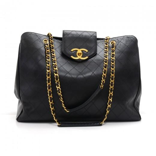 ec7848ddfb2cf0 Vintage Chanel Supermodel Black Quilted Calfskin Leather XL Shoulder Bag