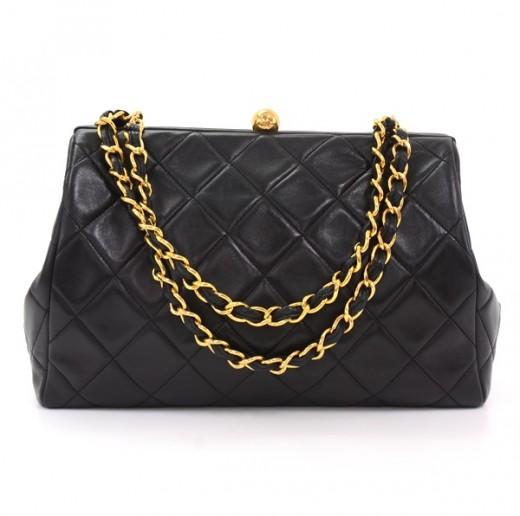 423ba354cedb0 Chanel Vintage Chanel Black Quilted Leather Shoulder Bag Gold Chain ...