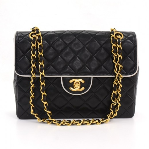 5bfc89f9e256 Chanel Vintage Chanel Black Quilted Leather White Piping Shoulder Bag .