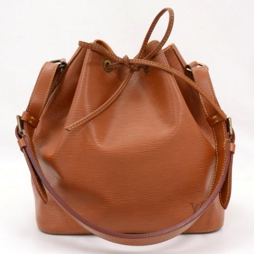 92c3acbc4cf8 Louis Vuitton Louis Vuitton Brown Epi leather Petit Noe Shoulder Bag