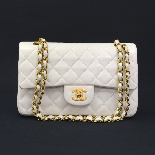 fb22ba79591129 Chanel Vintage Chanel White Quilted Leather 2.55 9