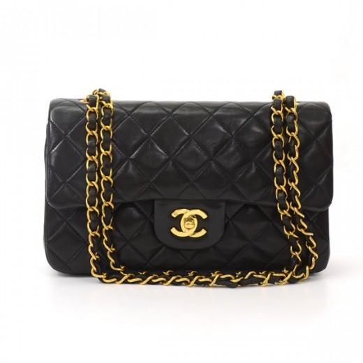 0a9dde39c1c6 Chanel Chanel 2.55 9