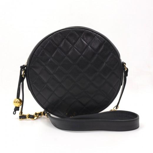 04ca493ff1e5 Chanel Vintage Chanel Black Caviar Quilted Leather Round Shoulder Bag