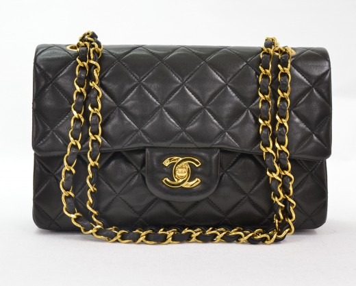 bd6ecbbce772 Chanel Chanel Black Quilted 2.55 9