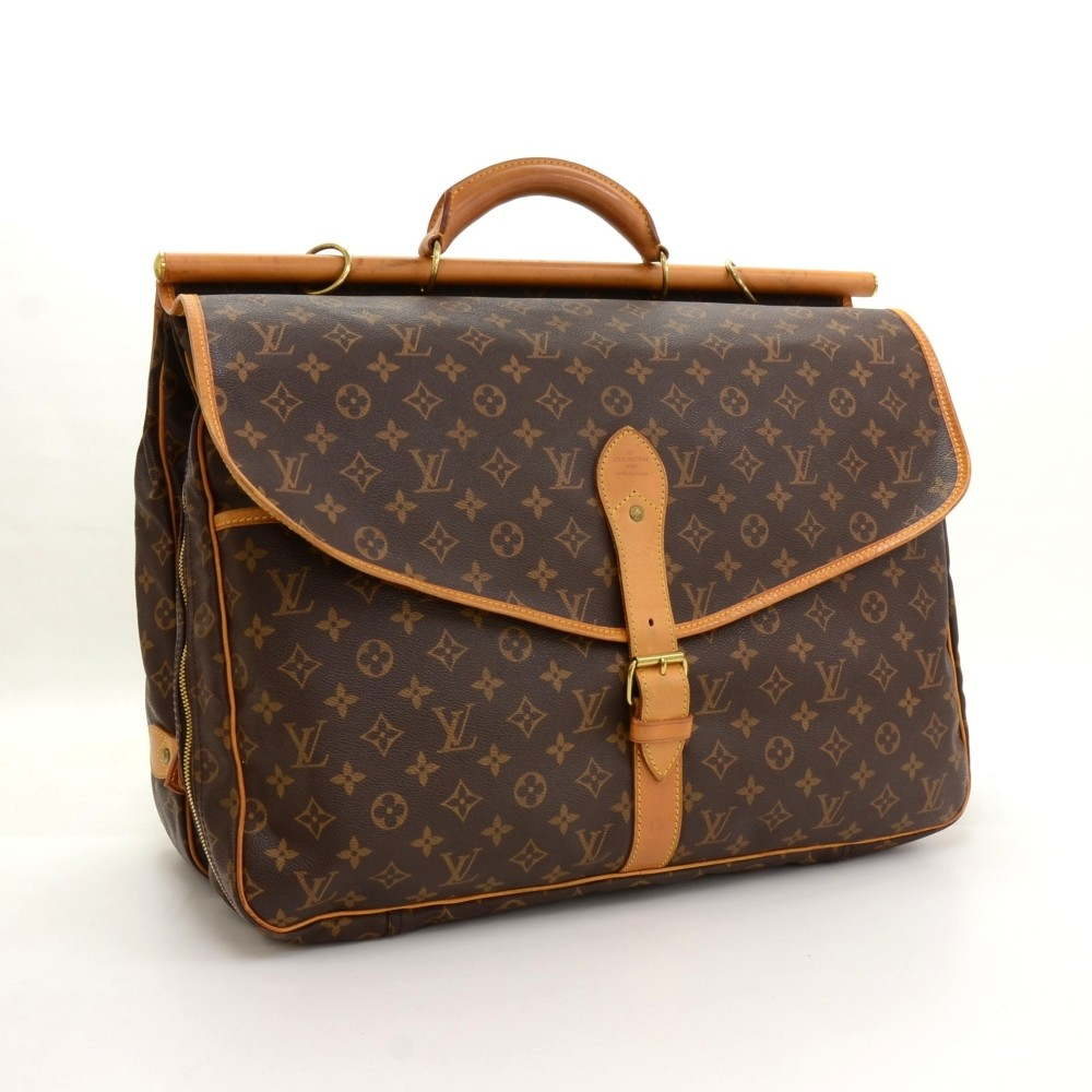27e7738a787 Louis Vuitton Louis Vuitton Sac Chasse Monogram Canvas Travel Bag
