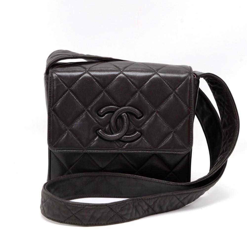 0033f2d765f6d6 Chanel Vintage Chanel Black Quilted Leather Shoulder Pochette Bag