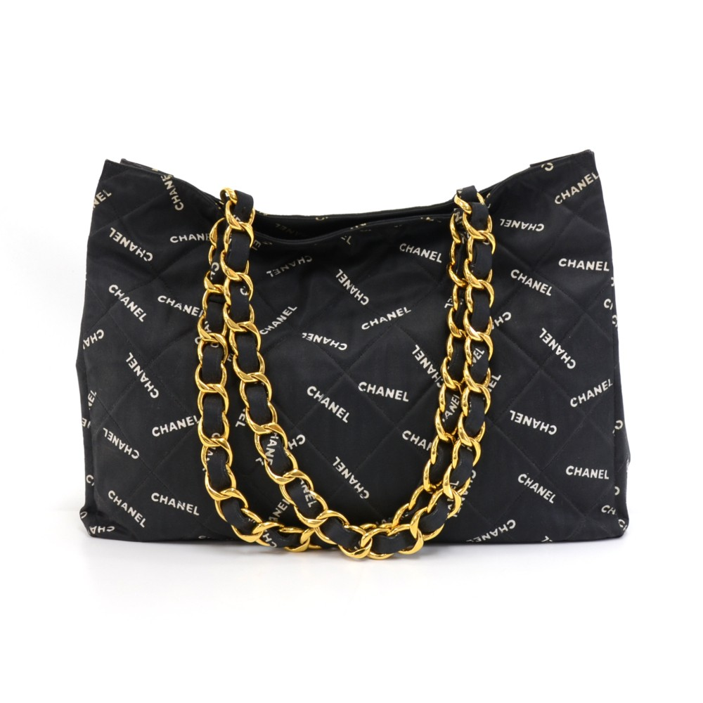 0e71134fc8 Chanel Vintage Chanel Black & White Logo Print Quilted Canvas Chain ...