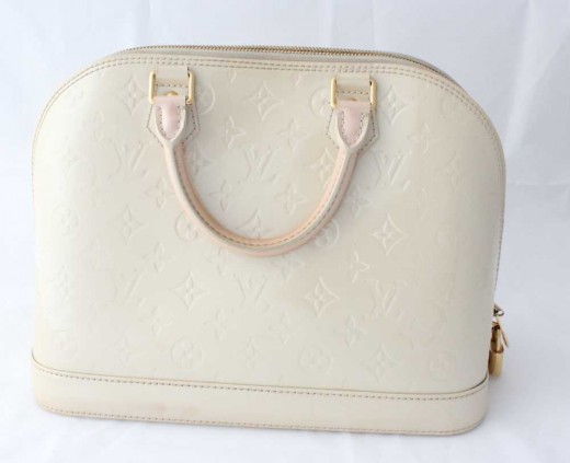 Louis Vuitton Alma GM Monogram Vernis Leather Ivory fb5dc2fec8d